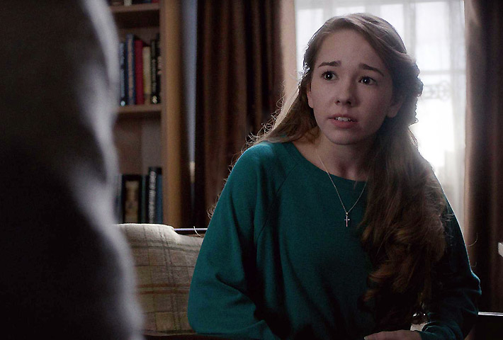 Holly Taylor as Paige Jennings in The Americans